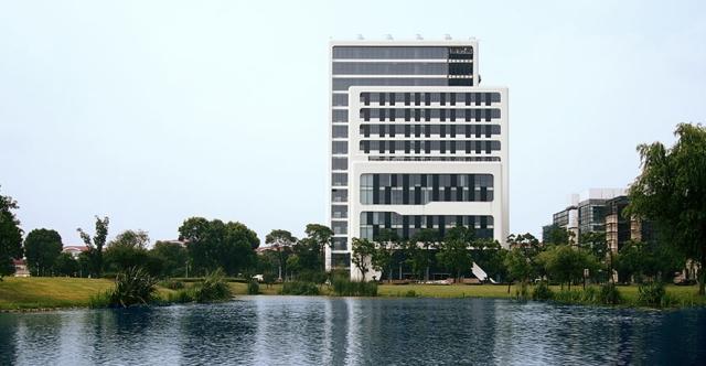 ccic-tower-beijing-de-tao-masters-academy-in-shanghai_2